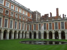 Hampton Court in London