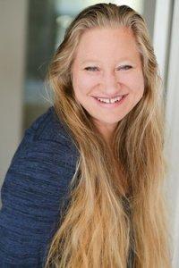 Elena Hartwell